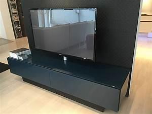 Tv Möbel Mit Integriertem Soundsystem : regale und sideboards brick modernes tv m bel mit glasfronten und integriertem soundsystem ~ Bigdaddyawards.com Haus und Dekorationen