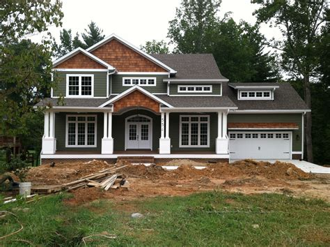Craftsman Style Home Turn The Garage To The Side