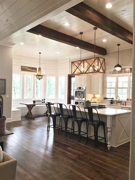 Best 25  Exposed beams ideas on Pinterest   Exposed brick