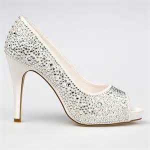 chaussure compensã e mariage chaussure mariage ivoire en satin à bout ouvert talon 11 cm roxanne westerleigh
