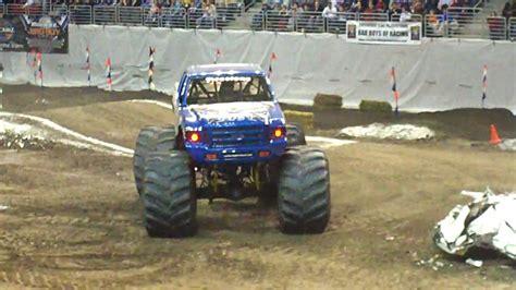 bigfoot monster truck videos youtube bigfoot monster truck wheelie contest youtube