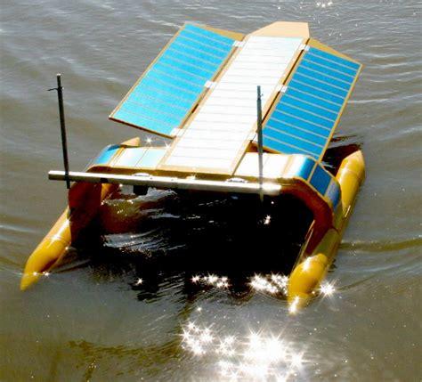 International Boat Cleaner by Marine Waste Network Sustainable Seas Trust