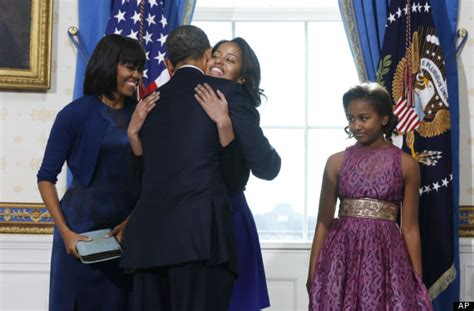 Obama Swear In A Look Ath by Malia And Flotus Look Stunning At President S