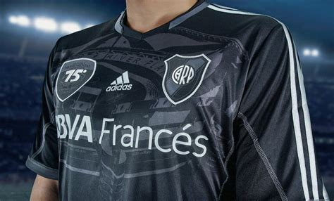 River Plate 75 Years Monumental 2013 Special Kit - Footy ...