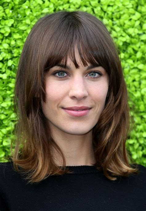 alexa chung hairstyles classic shoulder length hairstyle  straight hair popular haircuts