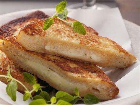 calorie mozzarella in carrozza toasted mozzarella in carrozza recipe eat smarter usa