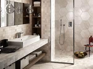 Carrelages Salle De Bain : carrelage salle de bain hexagonal ~ Melissatoandfro.com Idées de Décoration