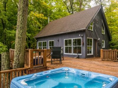 cabin rentals in brown county indiana whippoorwill woods vacation cabin rental management