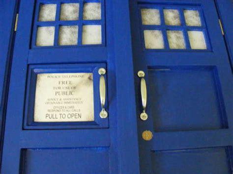 Tardis Cupboard by Tardis Bookcase Cupboard Goodhart Maker Den Of Unequity