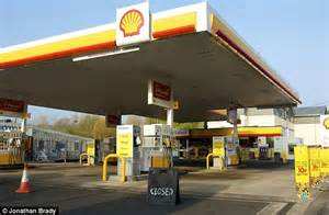 Garage Petrol petrol strike government says there is no need to panic