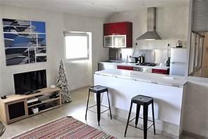 le vieux port charmant appartement de 2 pieces refait a With appartement a louer meuble marseille