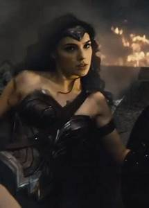 Gal Gadot - 'Superman vs Batman' 'Wonder Woman' 'Justice ...