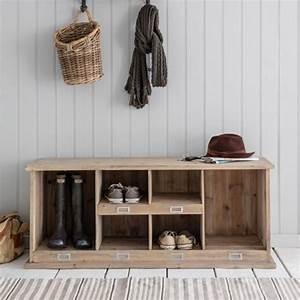 Banc Entrée Bois : meuble chaussures en bois naturel 6 compartiments chedworth decoclico ~ Teatrodelosmanantiales.com Idées de Décoration