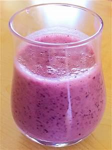 Fresh Coconut Milk & Blueberry Smoothie