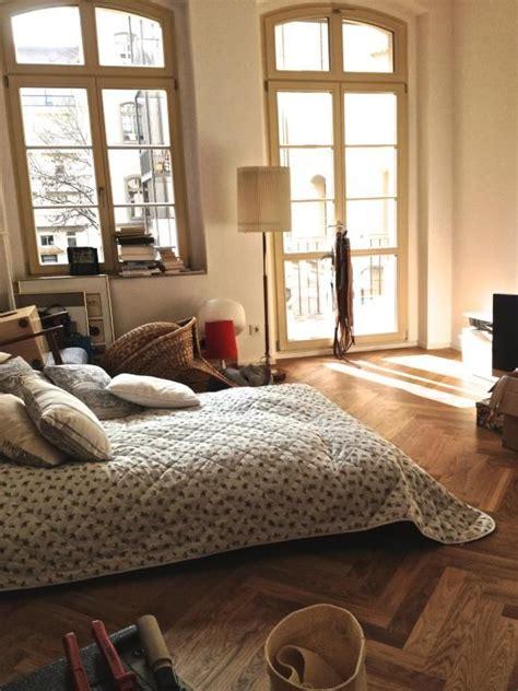 Wohnheim Zimmer Einrichten by Stilvolles Wg Zimmer Mit Fischgr 228 Tenparkett Wg Zimmer