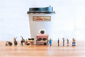 """""""i Capture Miniature People Dealing With Everyday Life ..."""
