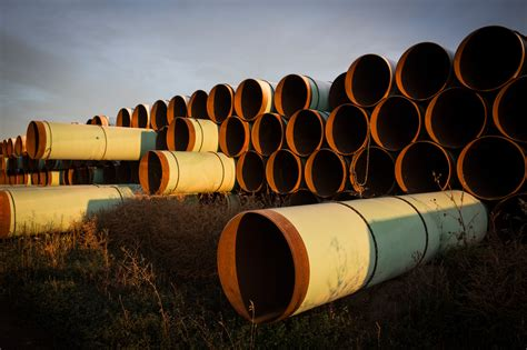 keystone oil pipeline leaks  gallons  north dakota