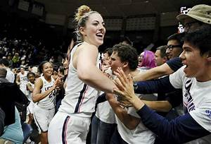 No. 3 UConn tops No. 2 Baylor to extend win streak to 77 ...