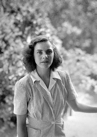 Remembering Mary McCarthy's Style - The New York Times