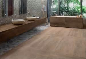 badezimmer holzfliesen fliesen naturstein für bad badezimmer bäder badfliesen bäder fliesen und wellness in berlin