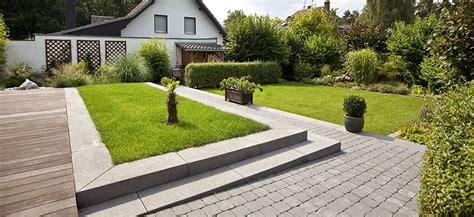Naturgarten Schlich • Gartenbau Landschaftsbau • Garten