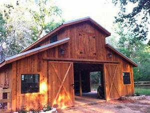 Barns and buildings quality barns and buildings horse for Red barn dog kennel