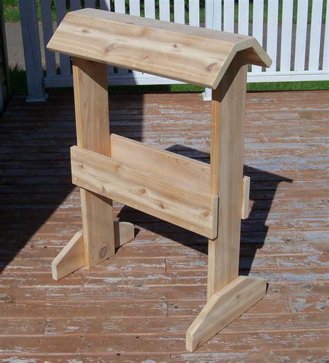cedar saddle rack   expensive saddle   safe