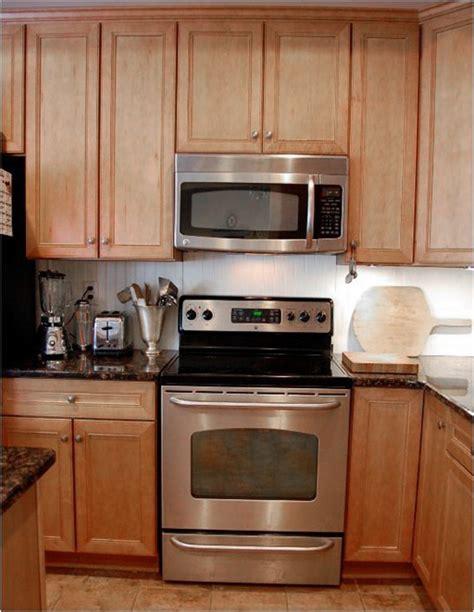 kitchen backsplash for renters solutions for renters kitchens centsational 5033