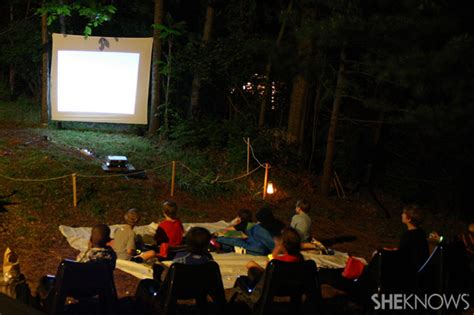 Jeter Backyard Theatre by Turn That Boring Sheet Into A Screen