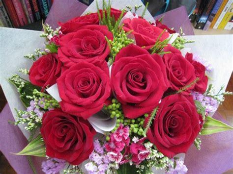 Non scegliete il primo mazzo di fiori che vi capita sotto agli occhi, ma valutate. Fiori per il compleanno: quali scegliere