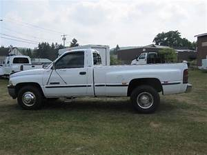 1999 Dodge Ram 3500 Slt 2wd Regular Cab Dully W  Pickup Box