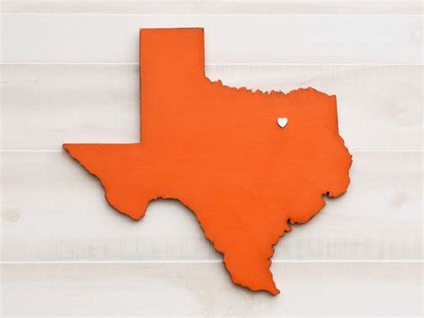 Texas State Shape Sign Wood Cutout Wall Art With Heart Or Star