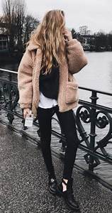 Manteau Femme Petite Taille : manteau fausse fourrure inspiration mode femme petite taille la petite allure inspi petite ~ Melissatoandfro.com Idées de Décoration
