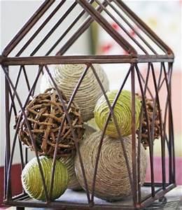 Make Decorative Balls on the Cheap » Dollar Store Crafts