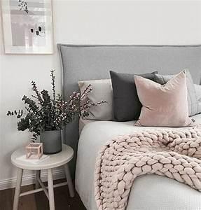 1001 conseils et idees pour une chambre en rose et gris With chambre bébé design avec bouquet de fleurs rose et blanc