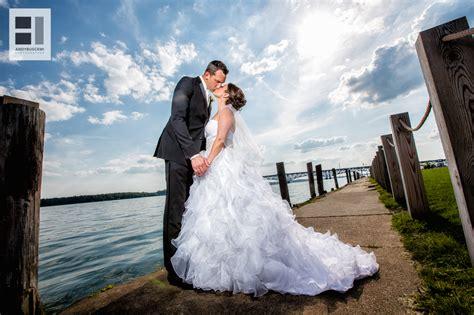 14305 wedding photographers taking pictures krista niagara falls ny wedding 1 8 buscemi