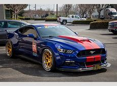Rennen Blue Mustang 05 6SpeedOnline