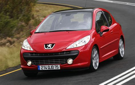 peugeot europe europe 2007 peugeot 207 edges vw golf out best selling
