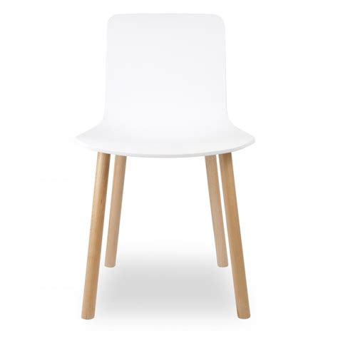 chaise salle a manger contemporaine eames style white dining chair cult uk