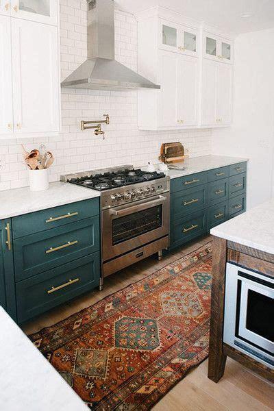 kitchen cabinets in bathroom best 20 kitchen color schemes ideas on 1900