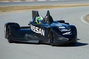 Le Delta Le Mans : nissan deltawing le mans racer revealed photos 1 of 11 ~ Dallasstarsshop.com Idées de Décoration