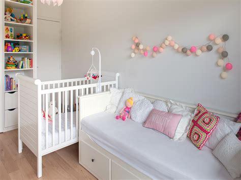 guirlande chambre fille chambre enfants aux touches pastel guirlande lumineuse la