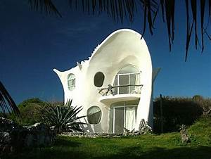 Small Shell House Designs with White Interior Ideas ...