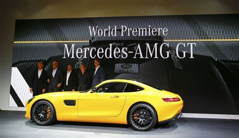 daimler takes on porsche with launch of amg gt sportscar