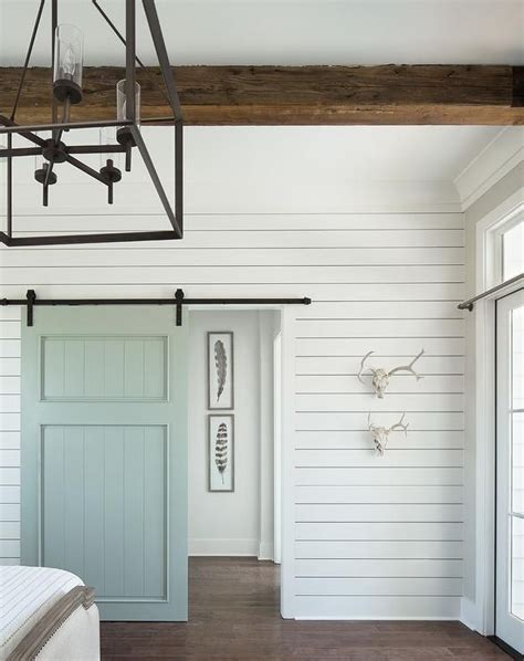 Shiplap Wall Hanging by Best 25 White Shiplap Ideas On Shiplap