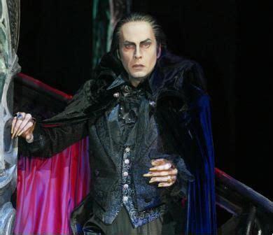kevin tarte  graf von krolock tanz der vampire