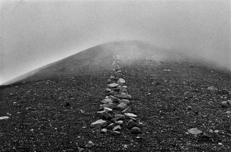 hamish fulton walking journey fulton land