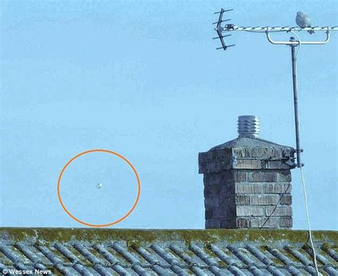 Hythe and Folkstone's mysterious lights in sky believed to ...