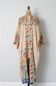 vintage 1920s silk kimono robe 20s floral silk kimono With vintage robe