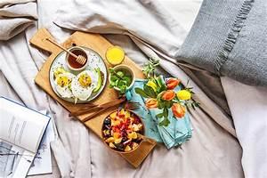 Frühstück Am Bett : fr hst ck im bett hellofresh blog ~ A.2002-acura-tl-radio.info Haus und Dekorationen